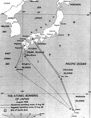 A-bomb Photograph - Atomic Bombing Of Japan, 1945 by Science Source