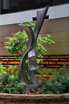 Photograph - Atrium Garden Statue 2 by Kathryn Meyer