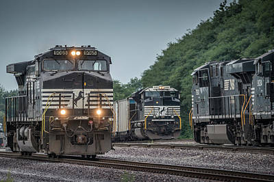 August 23, 2016 Norfolk Southern 9065 At Princeton In Art Print by Jim Pearson