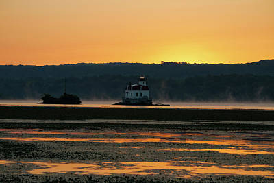Photograph - August Dawn At Esopus Light II by Jeff Severson