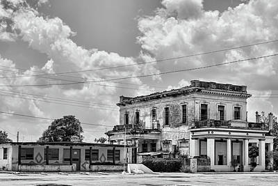 Photograph - Australia Cuba by Dawn Currie