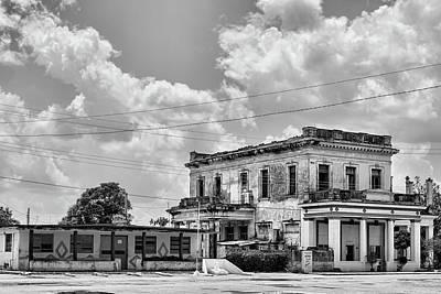 Photograph - Australia Cuba by Dawn Currie