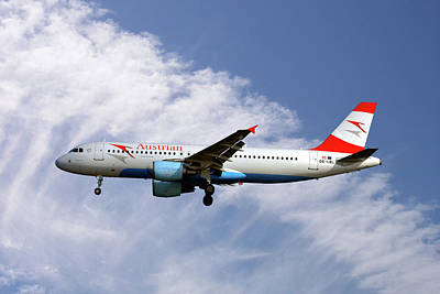 Photograph - Austrian Airlines Airbus A320-214 by Smart Aviation