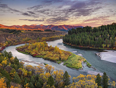 Mountain Sunset Photograph - Autumn Along The Snake River by Leland D Howard