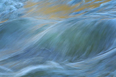 Photograph - The Flow by Fraida Gutovich
