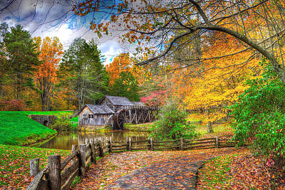 Photograph - Autumn At Mabry Mill by Don Mercer