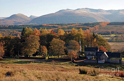 Photograph - Autumn At Spean Bridge by Phil Banks