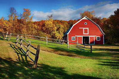 Photograph - Autumn Barn To Play by Jeff Folger