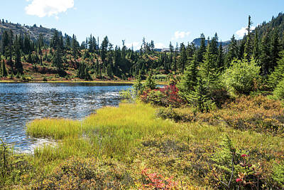 Photograph - Autumn Begins At Picture Lake by Tom Cochran