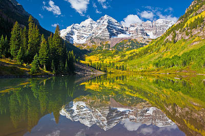 Maroon Photograph - Autumn Bells by Guy Schmickle
