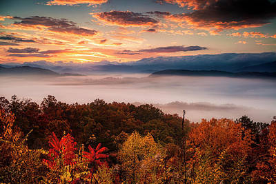 Photograph - Autumn Dawn In The Smokies by Andrew Soundarajan