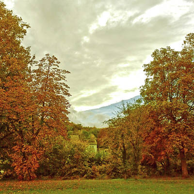 Photograph - Autumn In Chesham by Anne Kotan