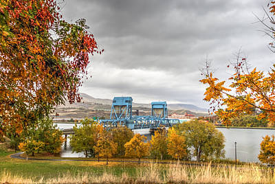 Lewiston Photograph - Autumn In The Park by Brad Stinson