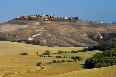 Photograph - Autumn In Tuscany by Ivan Slosar