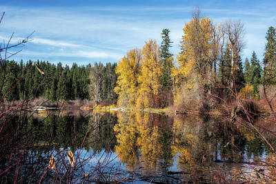 Photograph - Autumn Makes An Appearance At Fish Lake by Belinda Greb