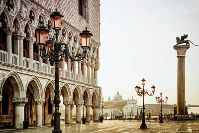 Doges Palace Photograph - Autumn Morning At St. Mark's by Andrew Soundarajan