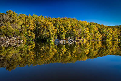 Autumn On The Potomac Art Print by Robert Davis