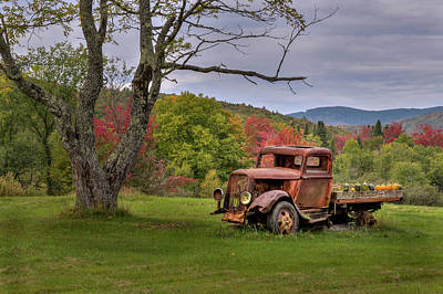Old Trucks Photograph - Autumn Relic by Bill Wakeley