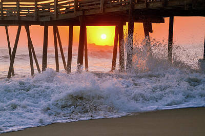 Photograph - Avalon Fishing Pier Sunrise by Joe Ormonde