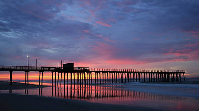 Photograph - Avalon Sunrise by Art Cole