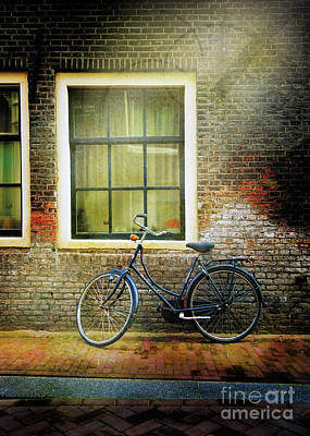 Photograph - Avancer Bicycle by Craig J Satterlee
