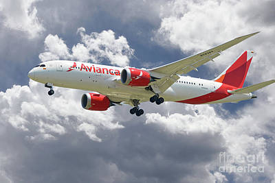 Boeing 787 Dreamliner Digital Art - Avianca Boeing 787 Dreamliner by J Biggadike
