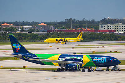 Photograph - Azul Airline by Dart and Suze Humeston
