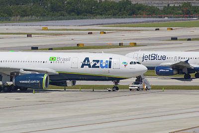 Photograph - Azul Jet Blue by Dart Humeston