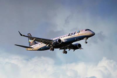 Rio De Janeiro Photograph - Azul Linhas Aereas Embraer Erj-190ar by Nichola Denny