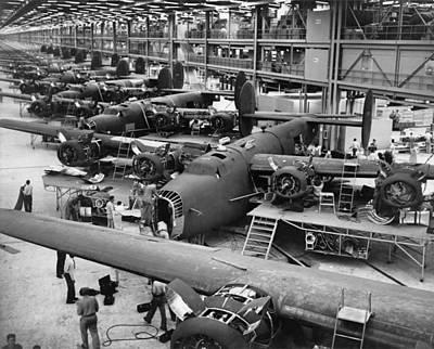 Photograph - B-24 Liberator Bombers Nearing by Everett