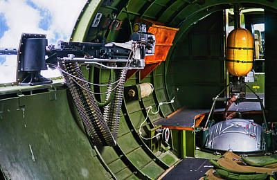 Photograph - B17 Side Machine Gun  by Steven Ralser