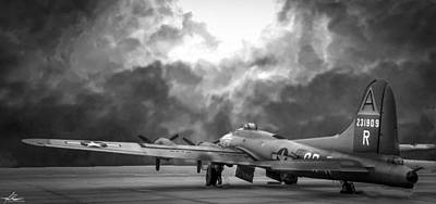 Photograph - B17g Nine-0-nine Bw by Philip Rispin