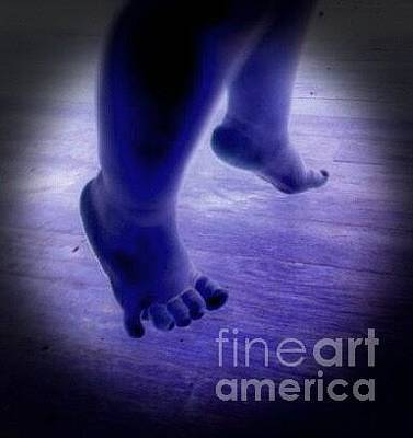 Painting - Baby Blu Dancing Royal Feet by Talisa Hartley
