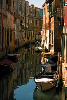 Back Canal In Venice Art Print by Michael Henderson