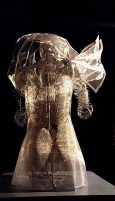 Sculpture - Back by Lydie Dassonville