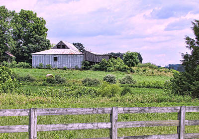 Photograph - Back Road Barn by Victor Montgomery