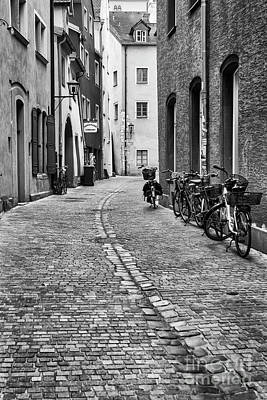 Photograph - Back Street Of Regensburg by Dennis Hedberg