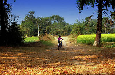 Photograph - Back To The Home by Amar Singha
