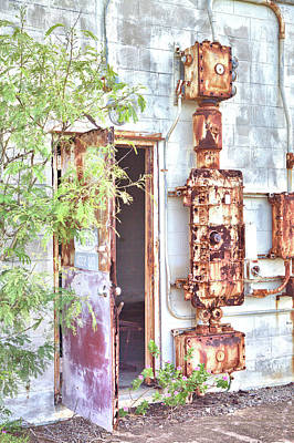 Photograph - Backside Rust by Gordon Elwell