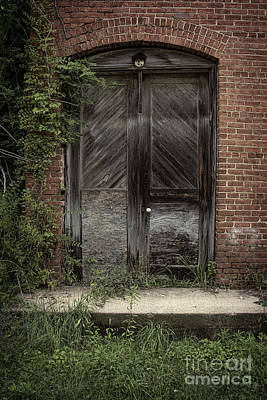 Photograph - Backstreet Entrance by Ken Johnson