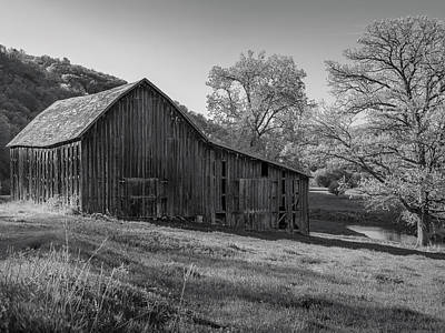 Photograph - Bad Axe Barn 2 by Mark Mille