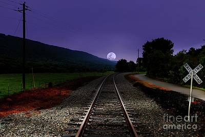 Photograph - Bad Moon Rising by Rick Lipscomb