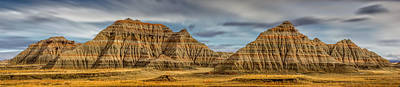 Photograph - Badlands National Park Rock Formations by Ray Van Gundy