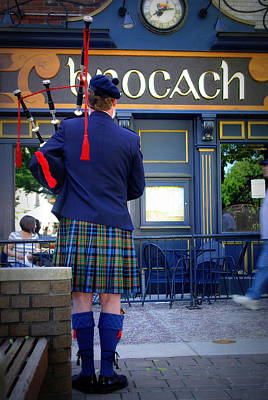 Photograph - Bagpipes by Linda Mishler