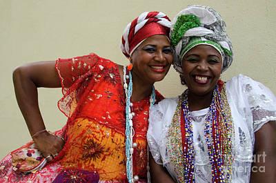 Photograph - Bahai Women Salvador Brazil 4 by Bob Christopher