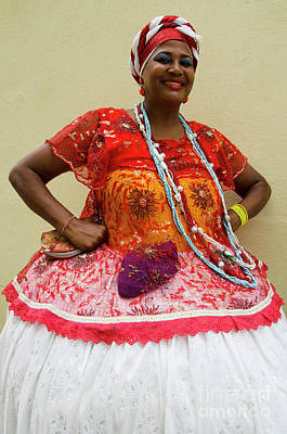 Photograph - Bahai Women Salvador Brazil 6 by Bob Christopher