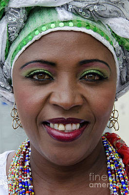 Photograph - Bahai Women Salvador Brazil 7 by Bob Christopher