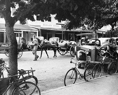 Carriage Horse Photograph - Bahama Street Scene by Underwood Archives