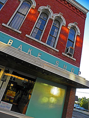 Photograph - Bake Shop by Elizabeth Hoskinson