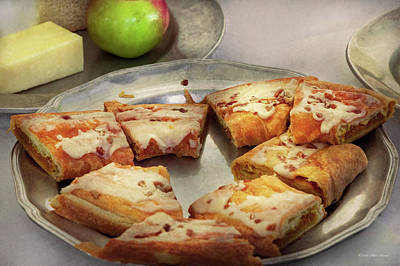 Photograph - Bakery - Apple Danish by Mike Savad